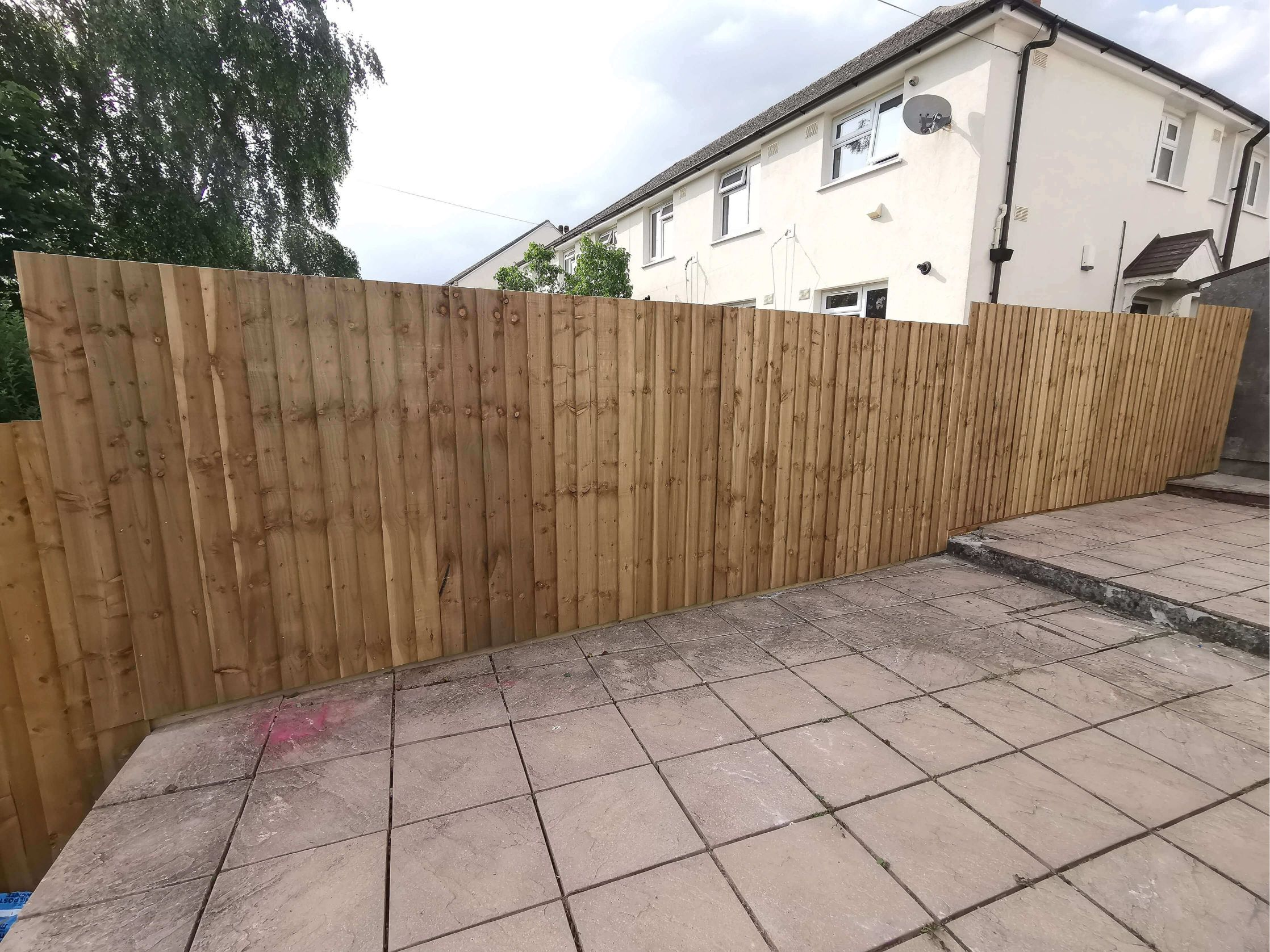 Fencing Contractor in Plymouth - Feather Edge Fence - Jackson Garden Services